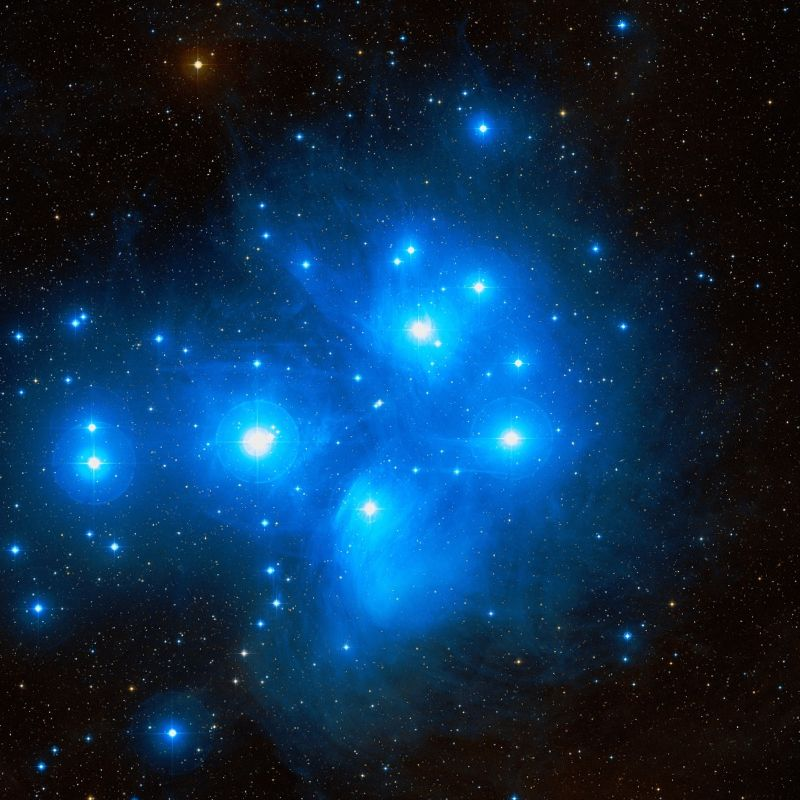 messier 45,pleiades,open cluster