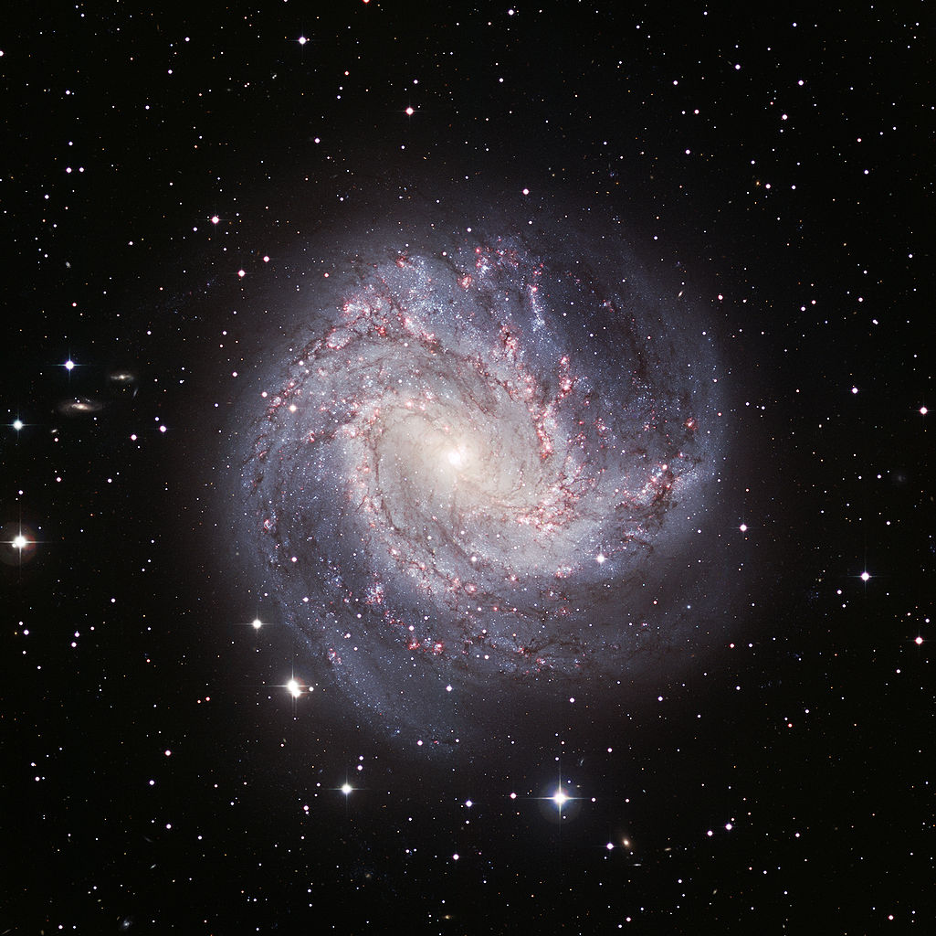 m83,m83 galaxy,southern pinwheel galaxy
