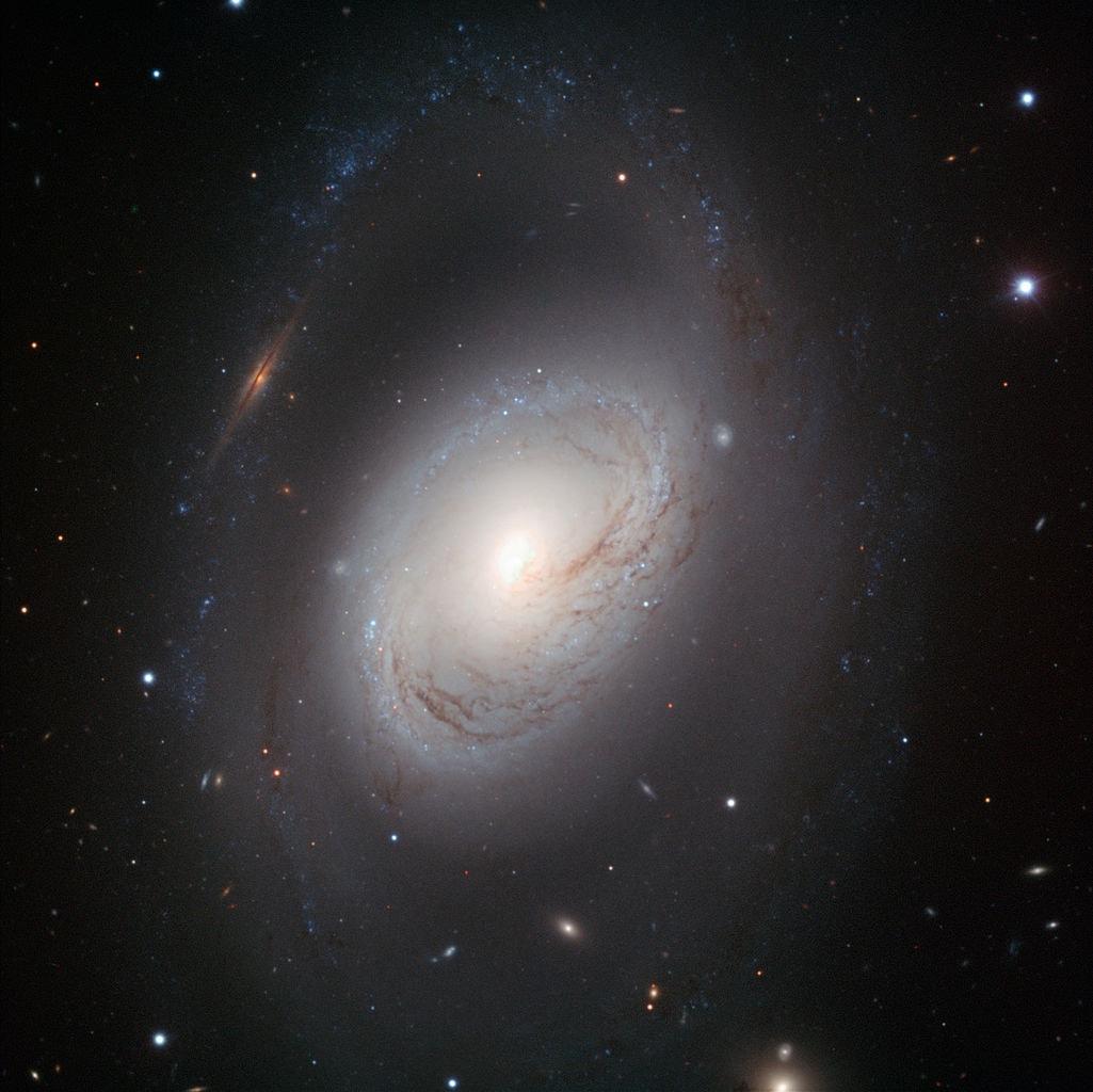 m96,m96 galaxy,ngc 3368